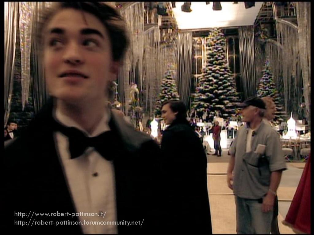 Emma Watson & Robert Pattinson Have a Harry Potter